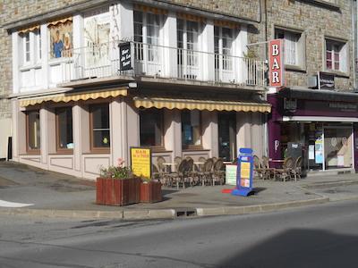 Bar de la Tour, 9 rue maréchal-foch 61700 Domfront en Poiraie