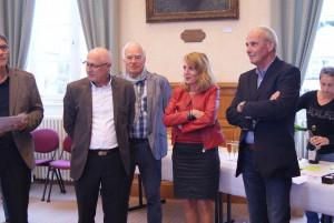Remise de la médaille d'honneur communale vermeille à Catherine Clouard. Ici avec Joël Domer et Marcel Folliot. Soul.