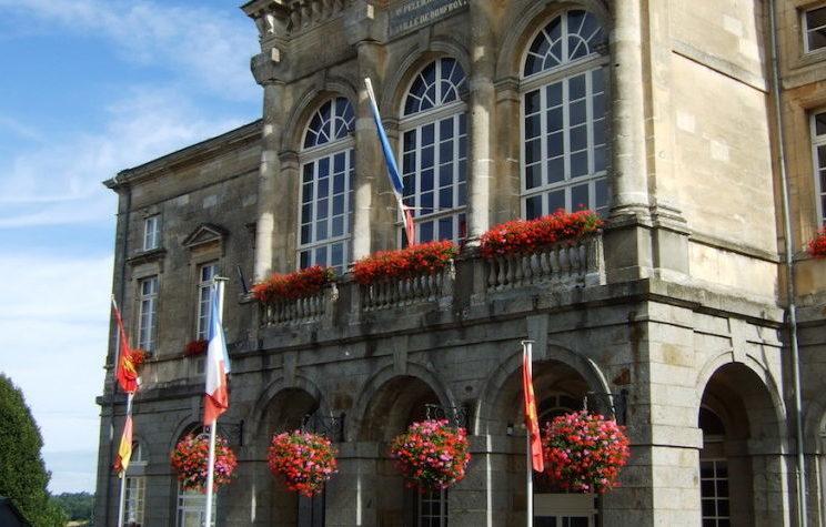 mairie-3-768x1024