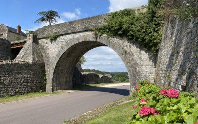 Pont d'accès au château : un chantier préalable à la réfection de l'ouvrage